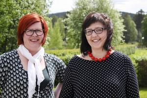 Sara Swedenmark och Malin Palmqvist är just nu ute på turné för att samla minnen från bland annat Härjedalen till en ny bok.