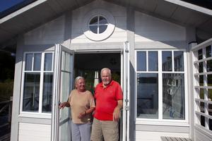 Björn Igsénius och Gunilla Igsénius trivs bra i Söderfors dit de flyttade för 14 år sedan.