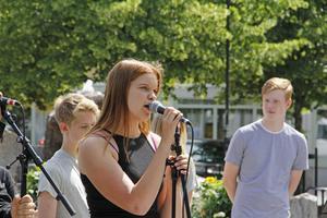 Miranda Källström sjöng med i popbandet.