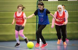 Det är mycket rörelseglädje hos barnen på Åvestadalskolans eftermiddagsaktiviteter.