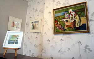 När ST hälsar på så har redan några konstverk flyttat in i ateljén.
