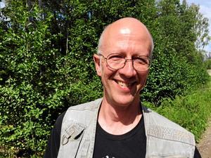 Håkan Kjellin bor i Korså Bruk sedan ett par år och flyttade dit tack vare vargreviret i Korså. Bild: Rikard Berglin