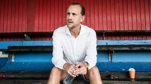 Daniel Karlsson är senioransvarig i Karlslunds IF.