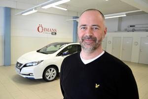 Tommy Bergman är försäljare på Öhmans Bil på Norra Vägen i Sundsvall.