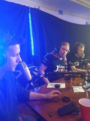 Thomas Morén, Dennis Hermansson och Mikael Ilar under sändningen i helgen.