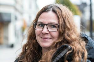 Ingela Lundwall, dekoratör och konstnär.