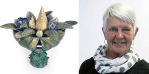 Lena Andersson i Karsjö har haft roligt när hon grävt bland bitarna och fått inspiration till blomsterurnor, resväskor och andra skapelsern. Nu ställer hon ut på Blås & Knåda i Stockholm