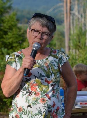 Invigning av sagostigen där Birgitta Westman en av eldsjälarna berättar om hur det växt fram från idé till handling, och nu finns mycket intressant att beskåda runt om