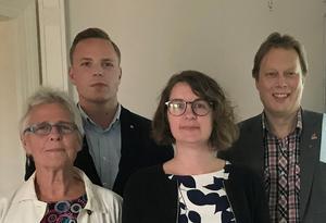 Oppositionsråden Maja Gilbert Westholm (V), Sebastian Karlberg (S), Elin Norén (S) och Abbe Ronsten (S) har rejäla trovärdighetsproblem.