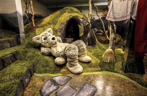 Fjällgårdens källare har gått igenom en rejäl renovering. Här finns en ny lekvärld för barnen där man bland annat kan träffa maskoten Mickelina.  Foto: Ramundberget