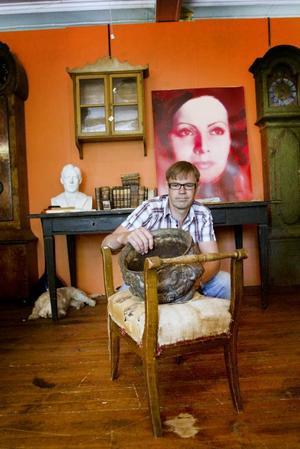 Ett Andy Warhol-tryck på Greta Garbo och som påbörjades av Warhol och avslutades av en kollega.