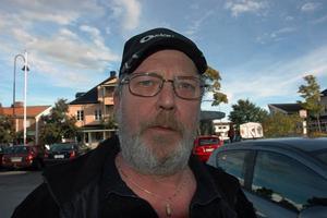 Yngve Olsson, 63 år, plastarbetare, Ockelbo:– Jag tror att de fick en del sympatiröster. De har vunnit på att folk har demonstrerat mot dem och att de inte fått vara med och debattera i en del medier.