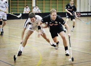 Hertsjös Mikael Valfridsson glimtade till då och då med läckra passningar och visade att han spelat på betydligt högre nivå än division 3.