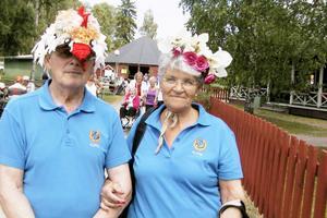 Gideon Edin knep andra plats i Hattparaden med hjälp av Juliette Lundins tupphatt, som till och med lät.