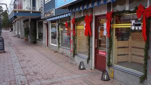 Butikerna i Rättvik rustar inför skyltsöndagen.