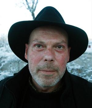 Thomas Henriksson är verksam som målare i Berlin.