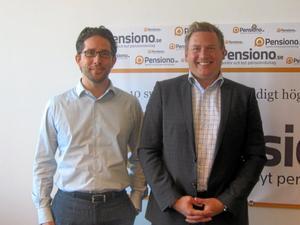 Vägvisare. Mattias Fellenius och Nicklas Hellberg hjälper kunder att välja förvaltare för att kunna höja pensionen.FOTO: BO LUNDKVIST