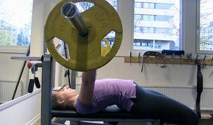 – Jag brukar ta vassle direkt efter träningen för att det ska ge bättre återhämtning, säger Lovisa Sjöstrand.
