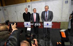 Näringsminister Mats Odell vid gårdagens presskonferens där han meddelade att staten tillfälligt tar kontrollen över investmentbanken Carnegie. Med på presskonferensen var även nye chefen Peter Norman och Bo Lundgren, vd i Riksgälden. Foto: Scanpix