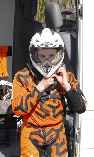 Pontus Svedberg gör sig redo för att köra några till varv.