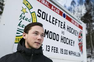 Victor Ledin gjorde det avgörande 8-6 målet när Sollefteå besegrade Modo i DM-finalen 2012. Återstår att se om Victor och Sollefteå kan skrälla igen när lagen möts i en ny final.