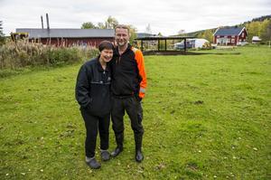 Här vill paret Maria och Jan-Olof Johansson i Trehörningsjö bygga ett eget slakteri.