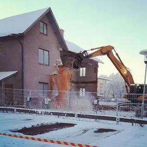 Huset var i för dåligt skicka för att det skulle kunna renoveras enligt Rättviks Fastigheter.