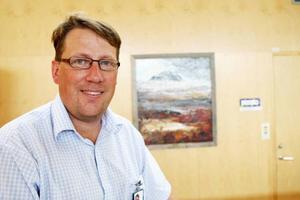 Vice kommmunalrådet Anders Häggkvist (C) håller inte med blockkollegan och kommunalrådet Eva Zetterström Bäcke (S) om utmaningsrätten.