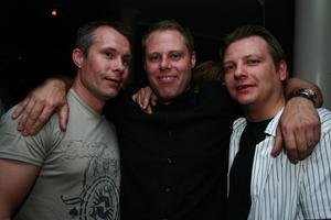 Blue Moon Bar. Micke, Magnus och Marko