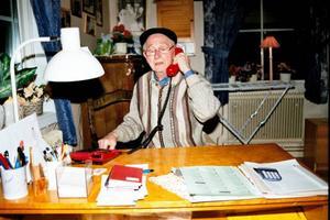 Behm Mårtensson. 84 år                                      ung och ständigt i farten. Foto:  Per Ericsson