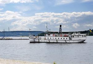 På onsdagen anlände S/S Östersund till kaj i hamnen för en abonnerad tur.