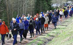 Efter invigningen av vanringsleden bar det av mot Sångs i Sjugare.