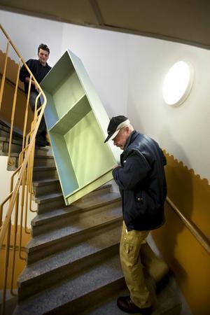 OBS. (Ta någon av bilderna 1 och 2. Höjd och bredd!!!) 0101. Det gäller att ha balans. Det gäller att man kan samarbeta. Kalle Nordkvist och Leif Magnusson från Örebro dragarlag har koll på läget.
