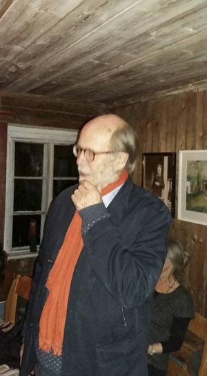 Gunnar Svensson bjöd in till litterär salong.