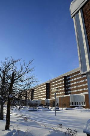 Sjukhusets smittskyddsenhet vill säkerställa att inga andra barn har fått smittan.
