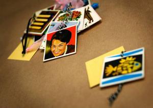 Paketadresser av gamla memory-kort. By Poppel. 19 kronor per kort. Poppel store.