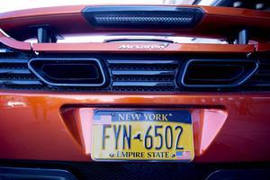 Empire State New York står det på registreringsskylten. Sportbilen fraktades över Atlanten med båtcontainer.