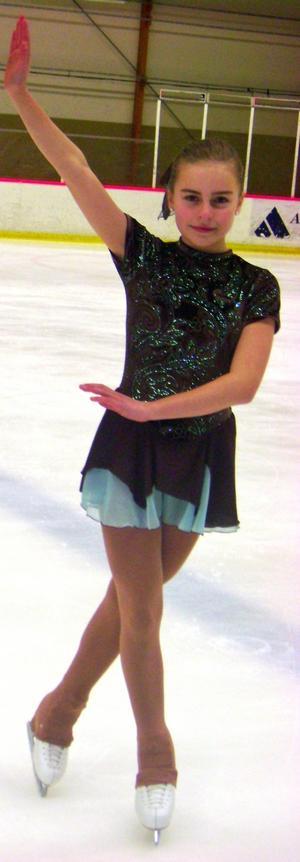 Säteråkaren Maja Norling kom fyra i Vinterhoppet i Örebro.