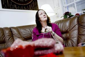 """""""Jag älskar att sticka. Men nu har jag tröttnat"""", säger Christina Hedlund som vill ha något meningsfullt att göra."""