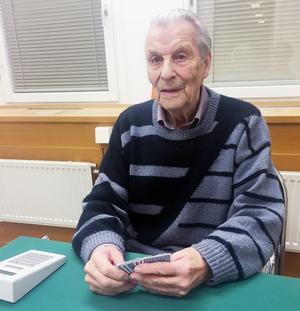 Axel Skoger uppmärksammades i Fråga doktorn för sitt arbete med att samla in pengar till hjärtstartare.