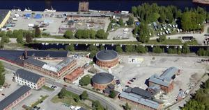 De omkring hundra båtarna i Södra Skeppsvarvets båtklubb tvingas flytta när kommunen satsar tre miljoner kronor på att sanera Stenborgskanalen.
