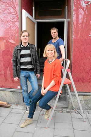 Öppnar snart. Ingeborg öppnar i maj. Från vänster: Fredrik Spåre, Cecilia Persson och Per-Erik Björklund.