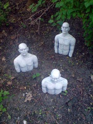 Skulpturträdgård 2009: Persson, Gunnarsson, Autio, Wennberg, Rickardsson.