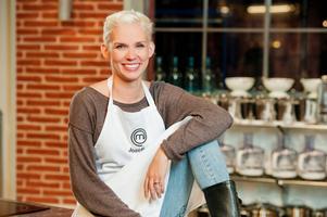 Josefina Drake från Rättvik hade nervösa minutrar framför juryn innan hon fick reda på att hon gått vidare i programmet.