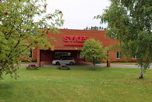 Sykes entré till servicecentret i Sveg.  Under 20 år har Sykes funnits i Sveg med support och service till kunder i ledande företag. Företaget har skapat mängder av arbetstillfällen och inflyttning av nya kommunmedborgare.