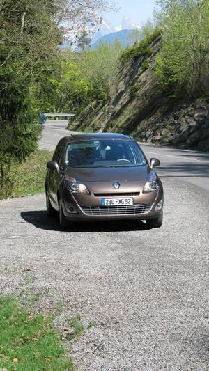 Tredje versionen av Renault Grand Scenic har många likheter med föregångaren – men den här är elegantare och rymligare. Foto: Per-Olof Lönnroth