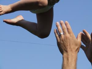 Med små medel kan blöjbarn få hisnande upplevelser.