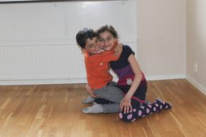 Jawad och Marwa är glada åt sin nya, lusfria bostad.