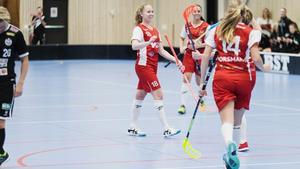 Nathalie Engström, till vänster, och Felicia Forsmark är uttagna till U19-VM i maj.