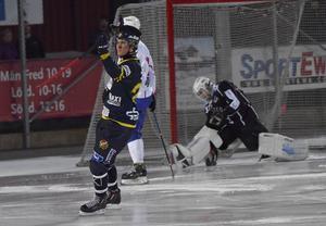 Michael Pettersson, 2-1.